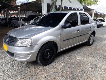 Renault Logan 1.6 Expression AA Mec 4P usado (2013) color Plata precio $24.800.000