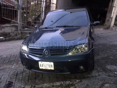 Foto venta carro usado Renault Logan Dynamique 1.6L (2010) color Azul precio u$s1.300