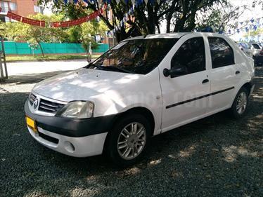 Foto venta Carro Usado Renault Logan Dynamique (2007) color Blanco precio $17.000.000
