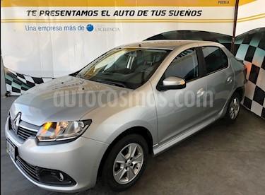 Foto venta Auto Seminuevo Renault Logan Dynamique (2015) color Plata precio $140,000