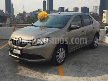 Foto venta Auto Seminuevo Renault Logan Expression Aut (2017) color Beige precio $167,000
