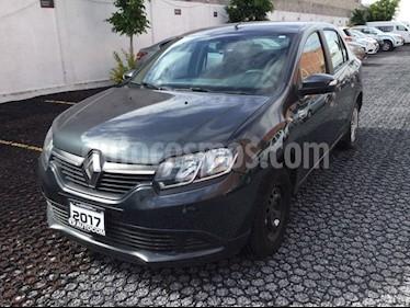 Foto venta Auto Seminuevo Renault Logan LOGAN EXPRESSION SEDAN (2017) color Gris Cometa precio $130,000
