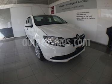 Foto venta Auto Seminuevo Renault Logan LOGAN EXPRESSION TA MY17 (2017) color Blanco precio $107,000