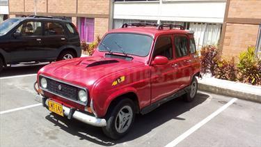 Foto venta Carro Usado Renault Master Basic DCi (2010) color Rojo Vivo precio $4.500.000