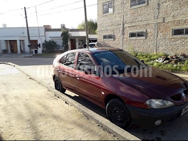 Foto venta Auto usado Renault Megane II 1.6 Confort Plus (2002) color Bordo precio $72.000
