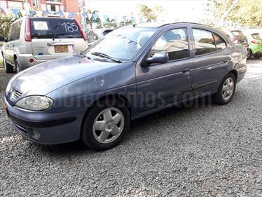 Foto venta Carro Usado Renault Megane 16 (2003) color Azul precio $13.000.000