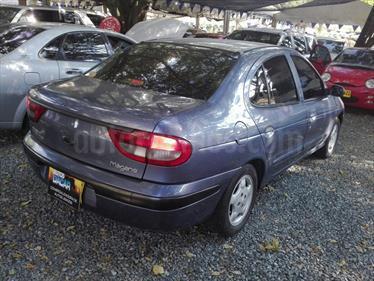 Foto venta Carro usado Renault Megane 1.6L Unique Mec 4P (2002) color Azul precio $12.000.000
