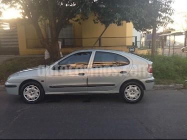 Foto venta Auto usado Renault Megane Bic 1.6 RN Pack Plus (2002) color Gris precio $120.000