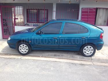 Foto venta Auto usado Renault Megane Bic 1.6 RN (2000) color Azul Petroleo precio $80.000