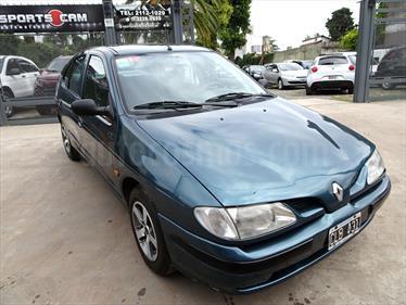 foto Renault Megane Bic 1.6 RN