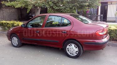 Foto venta Auto usado Renault Megane Ii Rn (2001) color Rojo Cerezo precio $2.100.000
