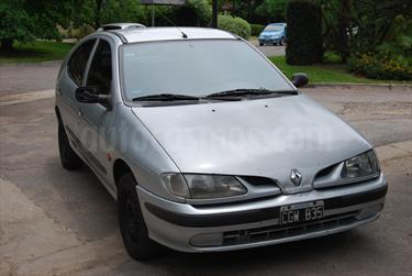 foto Renault Megane Tric 1.6 RT
