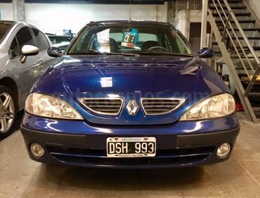 foto Renault Megane Tric 2.0 RXE