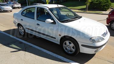 Foto Renault Megane Tric RXE Plus