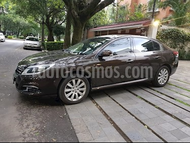 Foto venta Auto Seminuevo Renault Safrane Privilege Aut  (2015) color Cafe precio $185,000