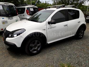 Foto venta Carro usado Renault Sandero Stepway 1.6L (2014) color Blanco Artico precio $35.800.000