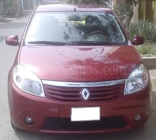 Renault Sandero Dynamique 1.6L usado (2010) color Rojo Almagro precio u$s6,800