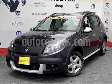 Foto venta Auto Seminuevo Renault Sandero Dynamique (2013) color Gris Eclipse precio $149,000
