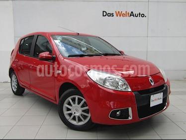 Foto venta Auto Seminuevo Renault Sandero Dynamique (2015) color Rojo Vivo precio $123,000