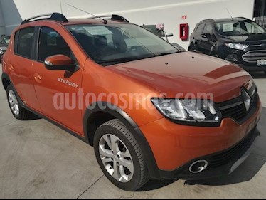 Foto venta Auto Seminuevo Renault Sandero Expression (2016) color Naranja precio $147,000