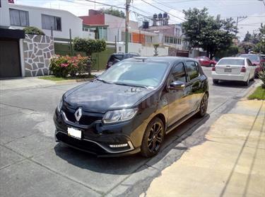 Foto venta Auto Seminuevo Renault Sandero R.S. 2.0L (2017) color Negro Universal precio $219,300