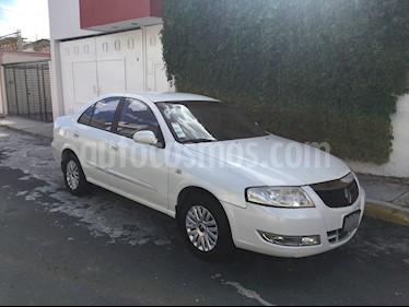 Foto venta Auto Seminuevo Renault Scala Dynamique (2013) color Blanco Diamante precio $95,000