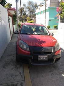 Foto venta Auto Seminuevo Renault Stepway Dynamique (2012) color Rojo Fuego y Oro Viejo precio $110,000