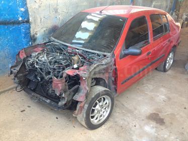 Foto venta carro usado Renault Symbol Sinc. (2005) color Rojo Deportivo precio BoF20.000