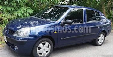 Foto venta carro Usado Renault Symbol Sinc. (2005) color Azul precio u$s1.400