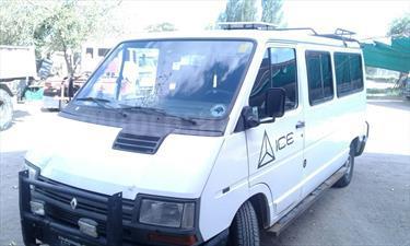 Foto venta Auto Usado Renault Trafic Furgon Largo 1.9 Diesel (1995) color Blanco Nieve precio $140.000