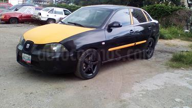 Foto venta carro usado Seat Cordoba Signo Sinc. (2005) color Negro precio u$s1.700