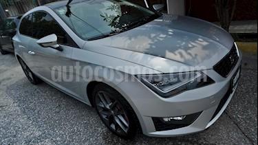Foto venta Auto Seminuevo SEAT Leon FR 1.8T  180 HP DSG (2015) color Plata Estelar precio $255,000