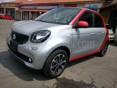 Foto venta Auto Seminuevo smart Forfour Passion Turbo Aut. (2017) color Plata precio $278,000