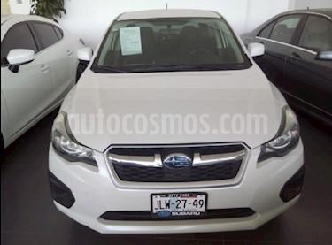 foto Subaru Impreza Sedan 2.0i