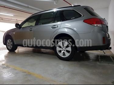 Subaru Outback 2.5i AWD Aut usado (2011) color Gris precio u$s12,750
