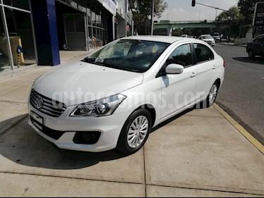 Foto venta Auto Seminuevo Suzuki Ciaz GLS Aut (2017) color Blanco precio $223,000
