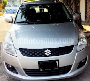 Foto venta Auto usado Suzuki Swift GLS Aut  (2013) color Plata precio $140,000