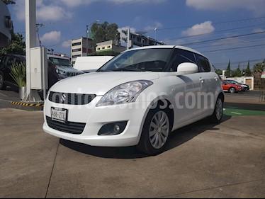 Foto venta Auto Seminuevo Suzuki Swift GLS Aut  (2013) color Blanco Remix precio $150,000