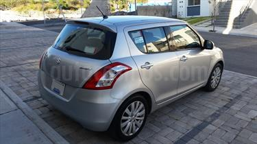 Foto venta Auto Usado Suzuki Swift GLS (2012) color Plata precio $120,000