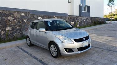 Foto venta Auto Seminuevo Suzuki Swift GLS (2012) color Plata precio $120,000