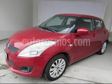Foto venta Auto Seminuevo Suzuki Swift GLS (2013) color Rojo precio $140,000