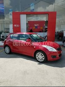 Foto venta Auto Seminuevo Suzuki Swift GLS (2013) color Rojo precio $136,000