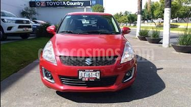Foto venta Auto Seminuevo Suzuki Swift GLX (2014) color Rojo Rock precio $159,000