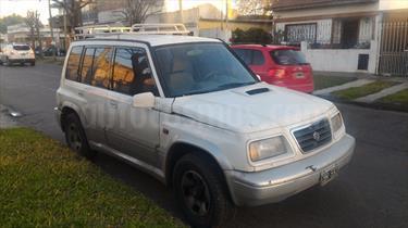 Foto venta Auto Usado Suzuki Vitara Sport 2.0 5P (1998) color Blanco precio $50.000