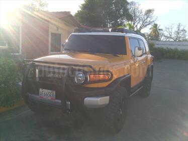 Foto venta carro usado Toyota 4Runner 4x2 (2007) color Amarillo Mostaza precio u$s18.500