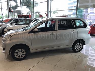 foto Toyota Avanza LE Aut