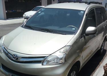 Foto venta Auto usado Toyota Avanza Premium Aut (99Hp) (2013) color Dorado precio $157,500