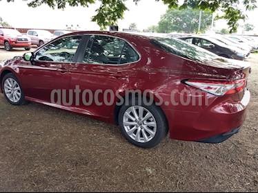 Foto venta Auto Usado Toyota Camry LE 2.5L (2018) color Rojo precio $369,000