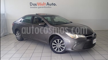 Foto venta Auto Seminuevo Toyota Camry XLE 2.4L (2015) color Gris precio $224,900