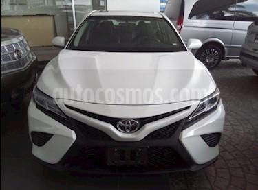 foto Toyota Camry XLE 2.5L Navi